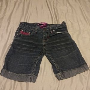 KIDS SIZE 8 VIGOSS JEAN SHORTS